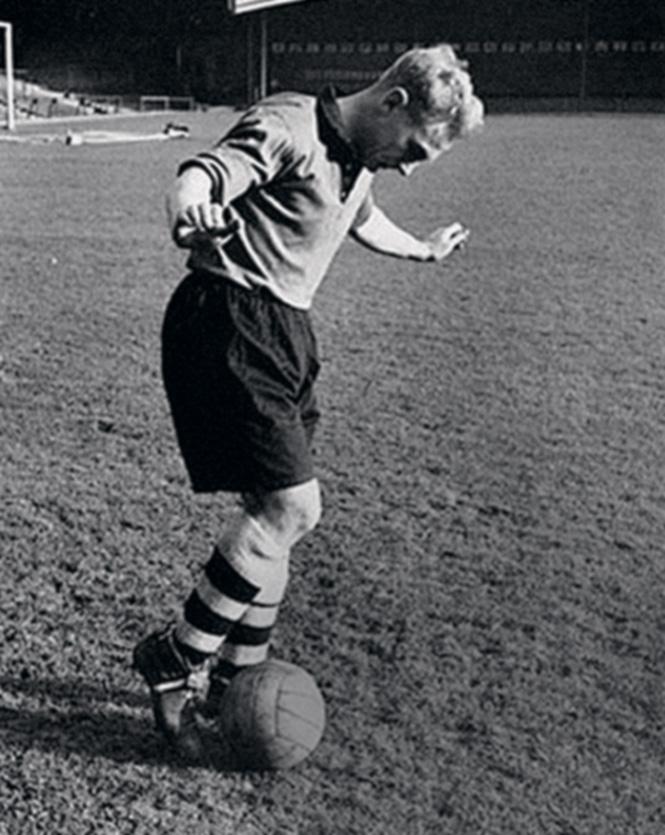 В юности Остап мечтал стать профессиональным футболистом