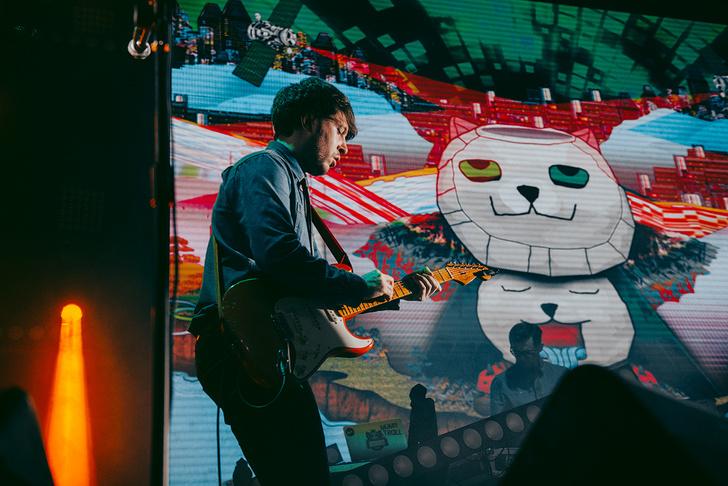 Фото №6 - «Мумик-Кон»: пиратская копия концерта группы «Мумий Тролль» утекла в сеть