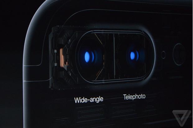 Двойная камера в Плюс