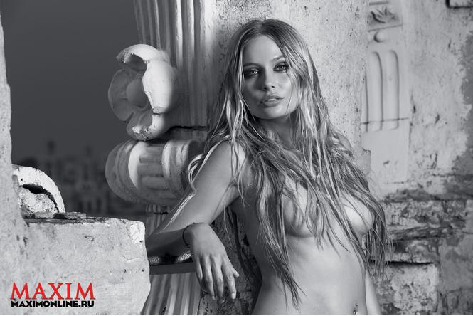 Наталья Рудова вновь обнажилась для мужского журнала