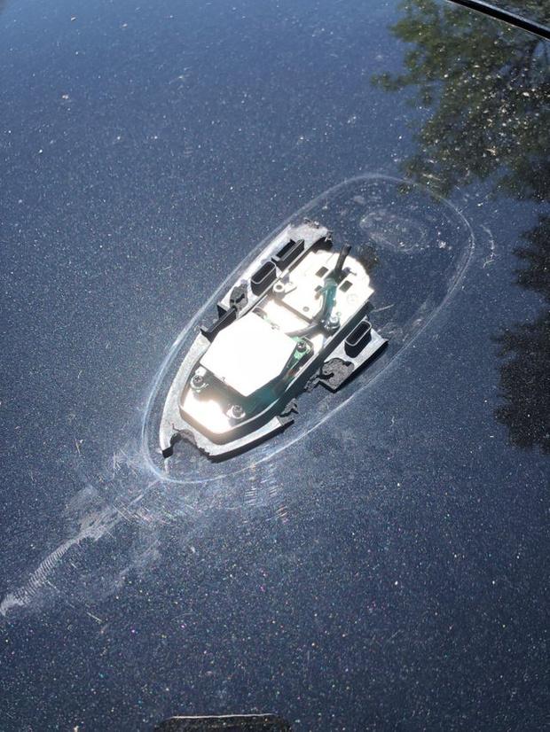 Фото №2 - Коварная оптическая иллюзия с «тонущей лодкой» покорила Интернет