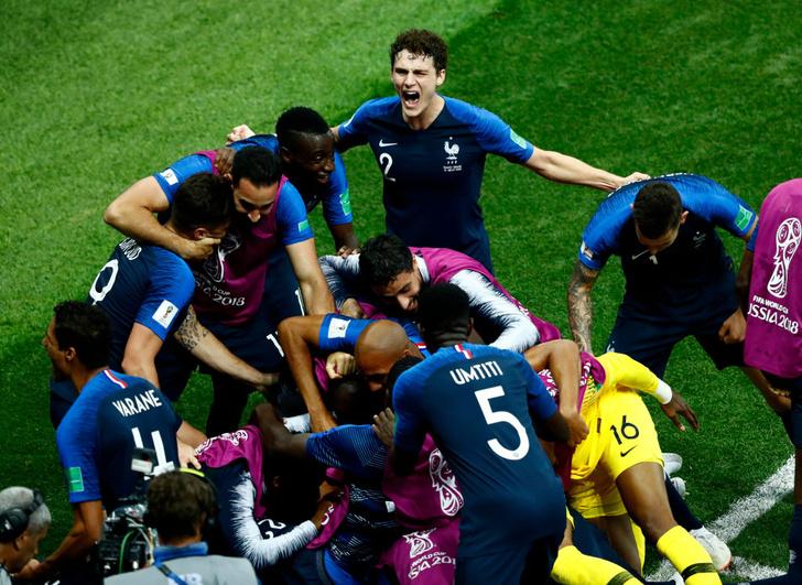 Фото №2 - Лучшие шутки о финале чемпионата мира!