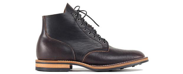 Высокие ботинки из кожи бизона от Viberg