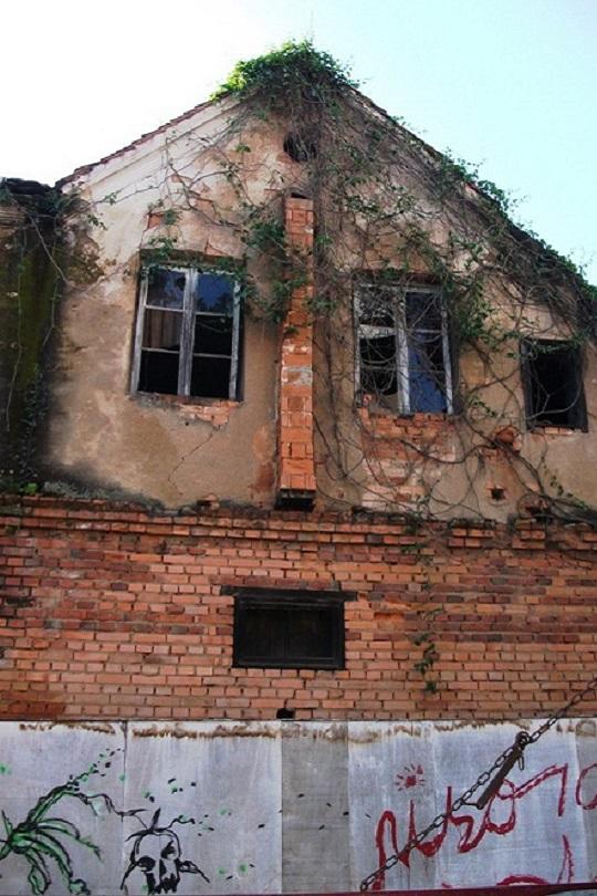 Фото №16 - 13 домов, похожих на героев «Игры престолов»