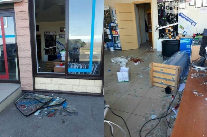 Фото №1 - Кайтсерфер врезался в бетонный отбойник и влетел в витрину магазина (ВИДЕО)