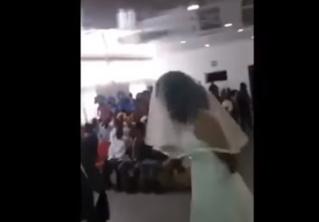 Любовница сорвала свадьбу любовника, заявившись на нее в свадебном платье! ВИДЕО