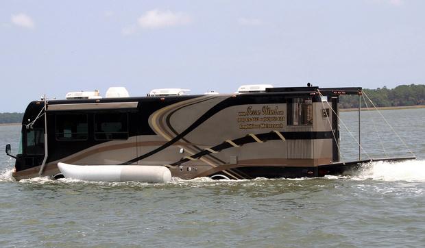 Фото №8 - И поехать, и поплыть: самые странные и успешные попытки создать «лодкомобиль»