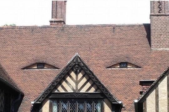 Фото №10 - 13 домов, похожих на героев «Игры престолов»