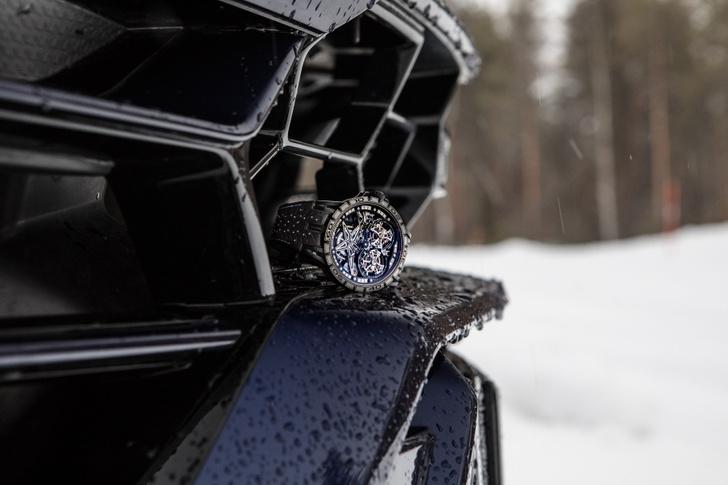 Фото №1 - Новые зимние шины Pirelli вдохновили Roger Dubuis на создание шипованных часов