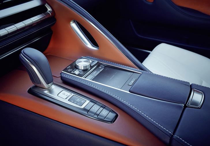 Фото №3 - Lexus LC500 думает за тебя