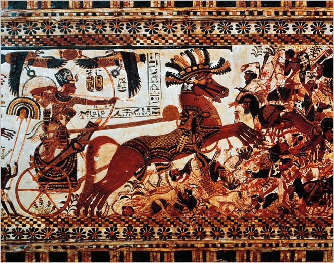 Фараон Тутанхамон на боевой колеснице