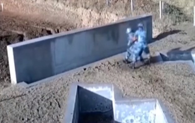 Фото №1 - Криворукий курсант метнул гранату прямо в стену. Но инструктор не растерялся и всех спас (видео)