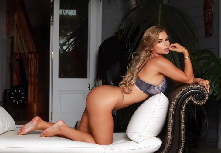 Фото №3 - Австралийские нудистки, модель, которую ненавидит половина Казахстана, и другие самые сексуальные девушки недели