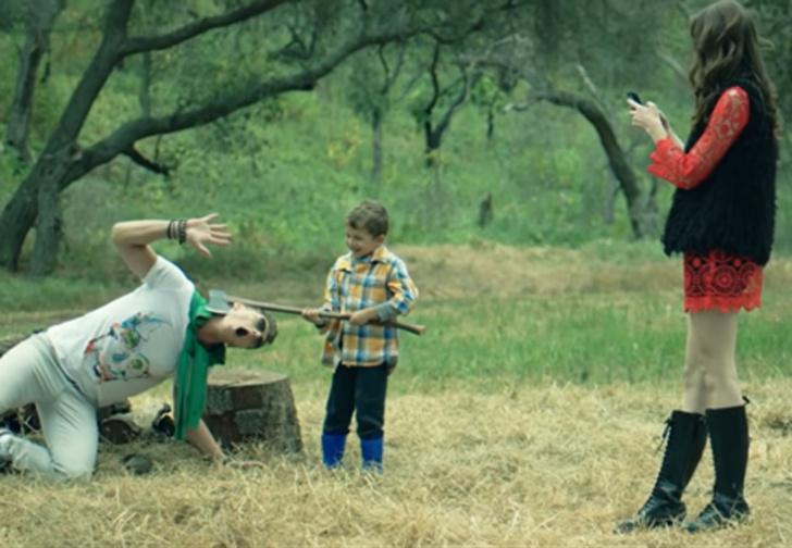Фото №1 - Злые духи и Алтайский край в трейлере американского хоррора «Горные огни»
