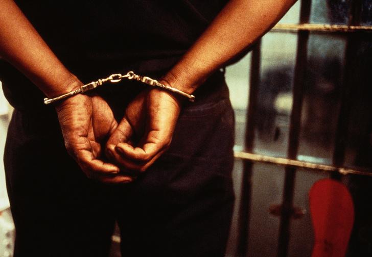 Фото №1 - Защита из положения сидя: история Исаака Райта, который выучился в тюрьме на адвоката и посадил посадившего его прокурора
