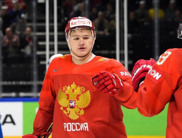 Фото №1 - Кирилл Капризов: «Слушай, часы мне и раньше за хороший хоккей дарили»