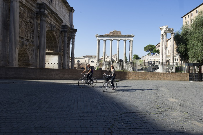 Фото №1 - Рим на двух колёсах