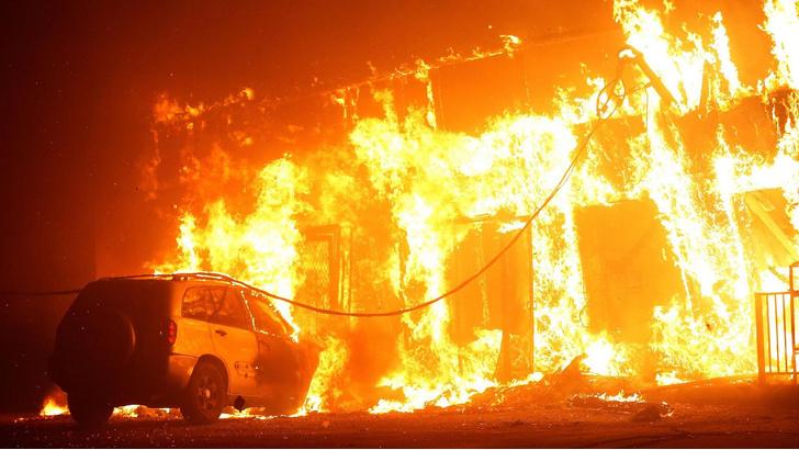 Фото №1 - Как Рай превратился в ад: фото сгоревшего города в Калифорнии (галерея)