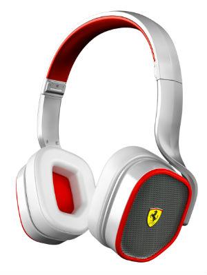 Фото №1 - Выиграй наушники от Ferrari
