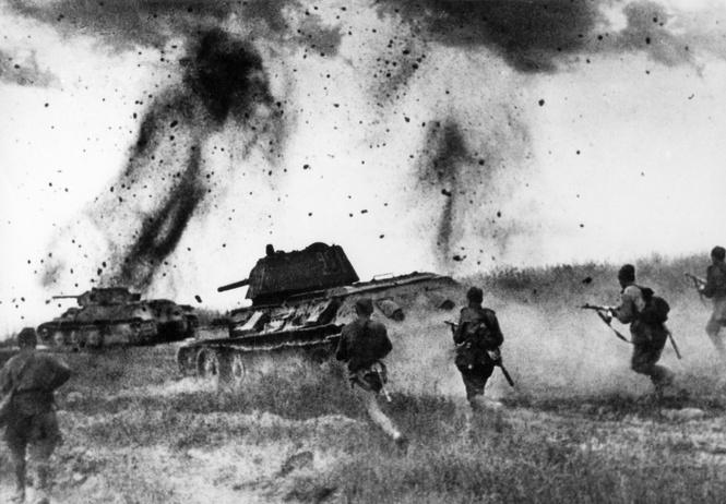 Самый безумный танковый бой в истории!