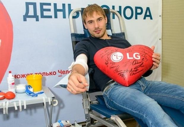 Фото №2 - «Вирус в крови превышал норму в сто раз!» Лучший биатлонист России серьезно болен