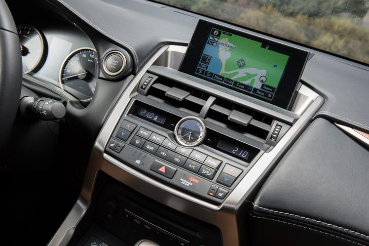 Фото №3 - Lexus NX — обреченная на успех новая линейка внедорожников