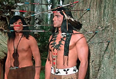 Почему индейцы во всех фильмах безбородые?