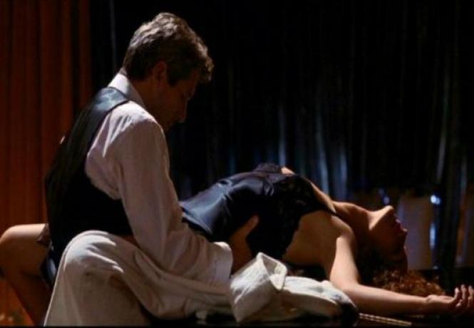 Секс отрывки из фильмы телка трахается своего