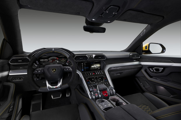 Фото №7 - Кроссоверу Lamborghini никто не удивился. Почему?