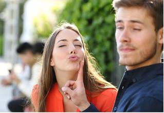 9 тактичных способов показать девушке, что у тебя с ней несерьезно