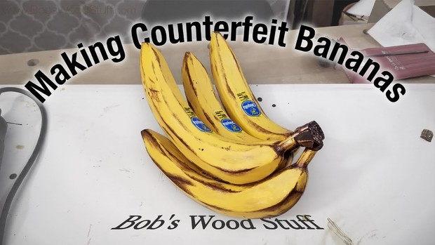 Фото №1 - Самый важный навык в жизни: как сделать реалистичные деревянные бананы (ВИДЕО)