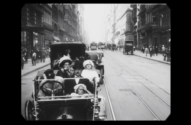 Фото №1 - Фильм 1911 года, замедленный так, чтобы люди двигались с нормальной скоростью