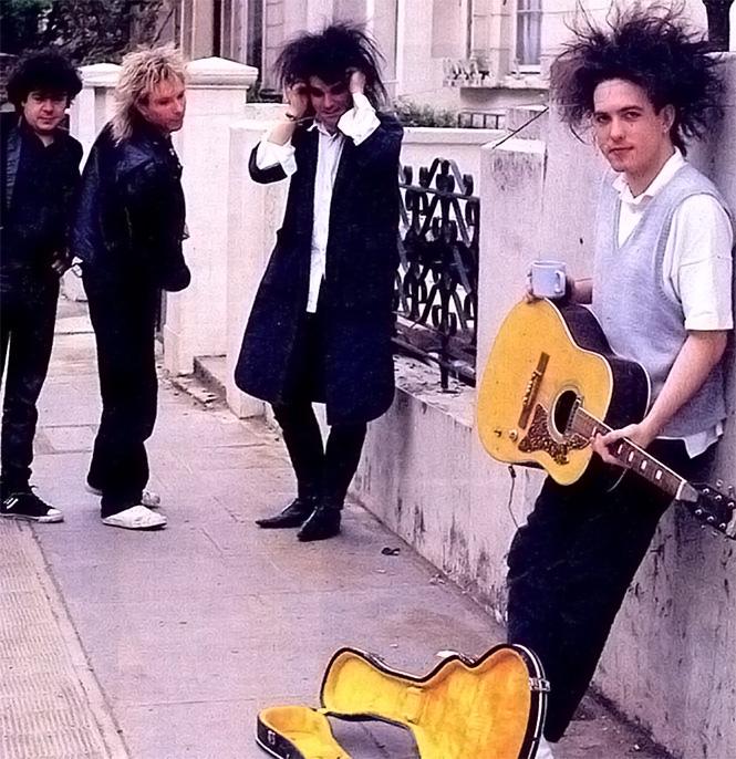 Фото №1 - 15 фактов о группе The Cure