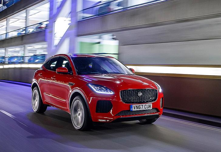 Фото №1 - Звезда экрана: Jaguar E-PACE принял участие в кинопроекте