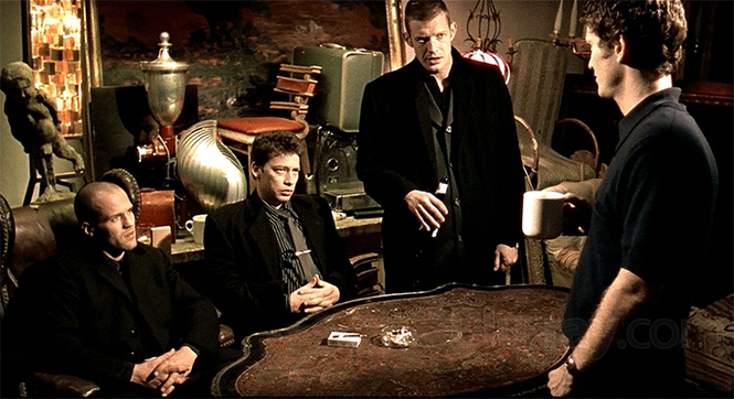 Фото №5 - Девять фактов о фильме «Карты, деньги, два ствола»