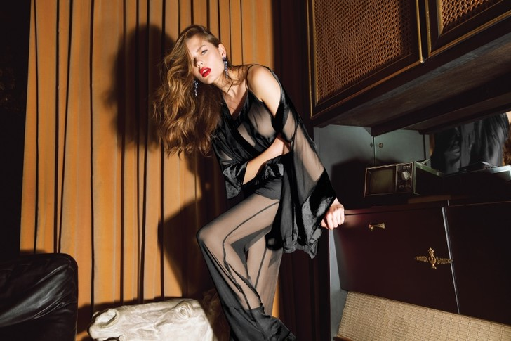 Фото №8 - Как одеть девушку в крутое белье: один, но дельный, способ от Incanto