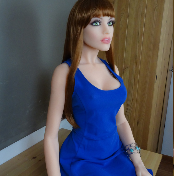 Фото №3 - У твоей девушки появился шанс стать голосом секс-робота!