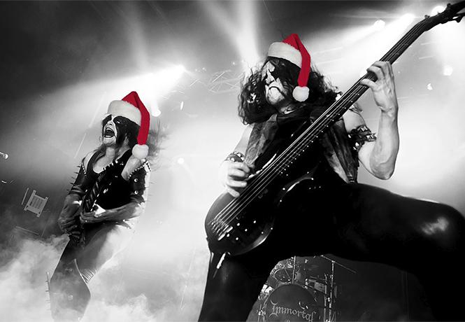Фото №1 - 10 главных новогодних шлягеров в стиле металл и панк