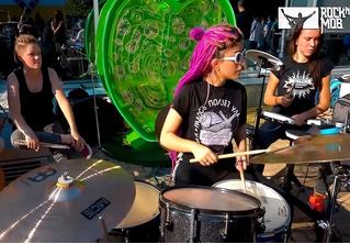 Русский флешмоб: 250 музыкантов сыграли в Москве песню «Sad But True» группы Metallica