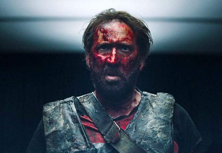 Фото №1 - Кровавый дровосек Николас Кейдж в трейлере «Мэнди»