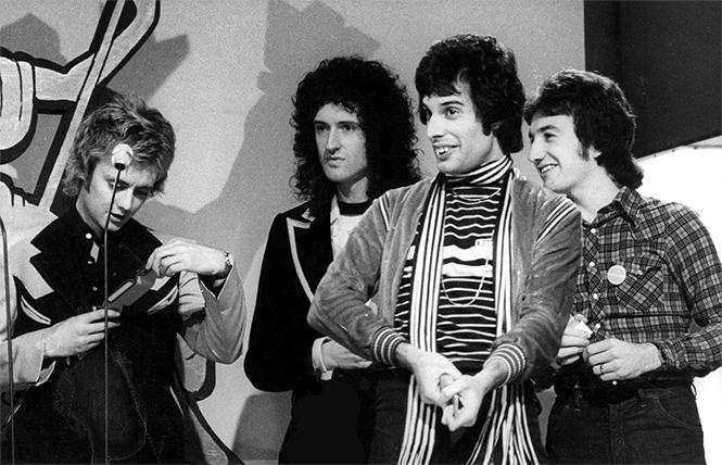 Фото №1 - Новый клип Queen: ты впервые услышишь, как Меркьюри поет All Dead