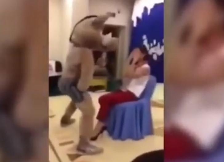 Фото №1 - Заведующая детсадом в Сургуте лишилась работы вот из-за этого видео с «горячим танцором»  в костюме кабана
