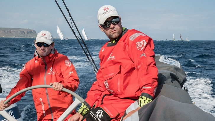Фото №3 - Dongfeng race team стартовала с Volvo Ocean Race