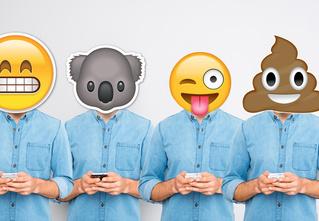 Те, кто часто используют эмодзи, выглядят в глазах коллег некомпетентными работниками