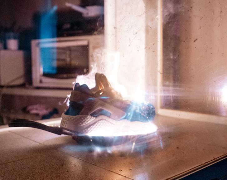 Nike Huarache vs. стружка магния