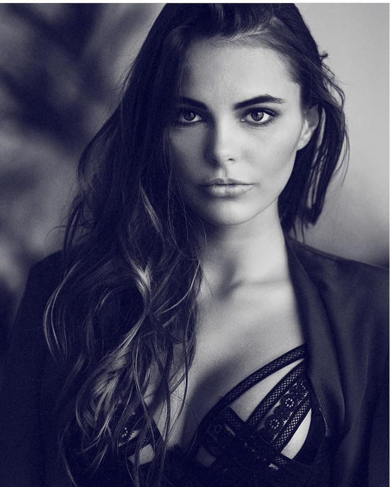 Октябрина Максимова из Питера теперь в топе-10 самых красивых женщин мира