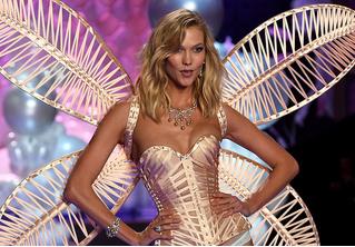 Карли Клосс официально отказалась от звания «ангела» Victoria Secret из-за феминизма