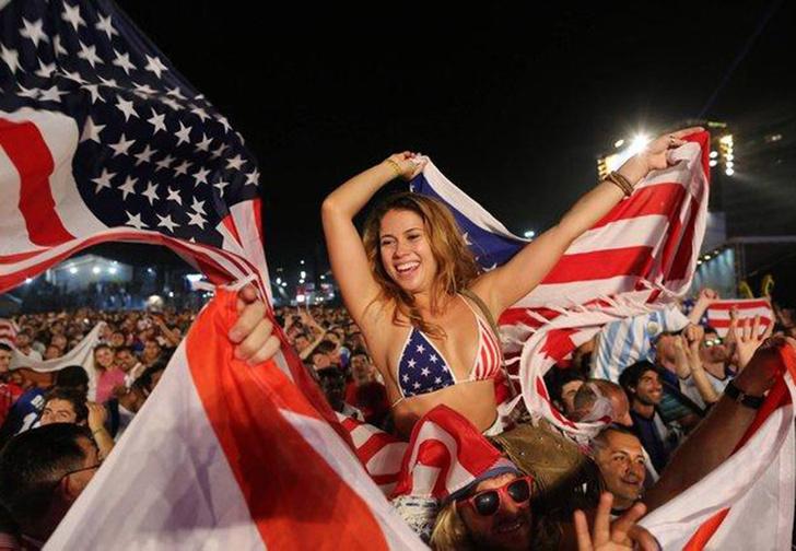 Фото №1 - Давайте брататься! Этим летом в Россию приедет 100 тысяч американцев