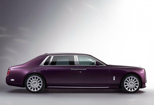 Фото №3 - Rolls-Royce Phantom VIII: представлен самый роскошный автомобиль от начала времен