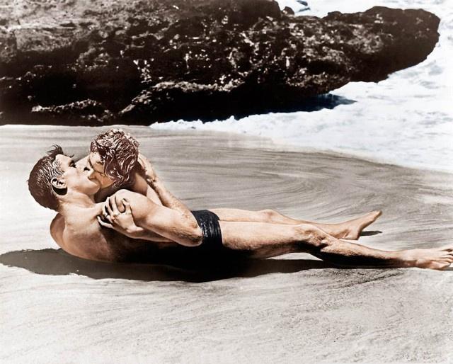 8 сцен секса из кино, которые лучше не повторять в реальной жизни